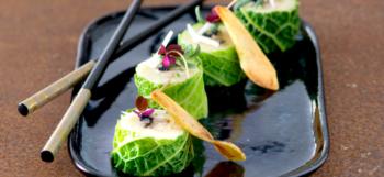 Une recette simple mais sophistiquée : des makis aux pommes de terre, chou calé et huîtres