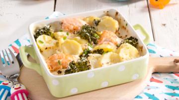 Réussir à faire apprécier les brocolis à vos enfants ! Gratin de pommes de terre au saumon et brocolis