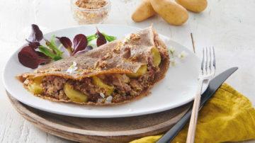 Galette aux Ratte du Touquet, andouillette et sauce moutarde