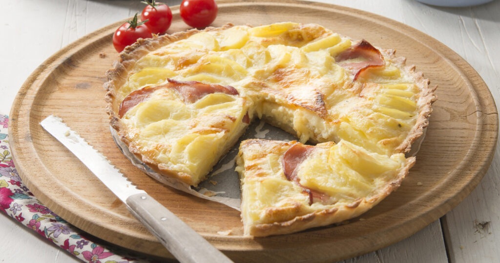 Quiche au fromage à raclette, bacon et Ratte du Touquet
